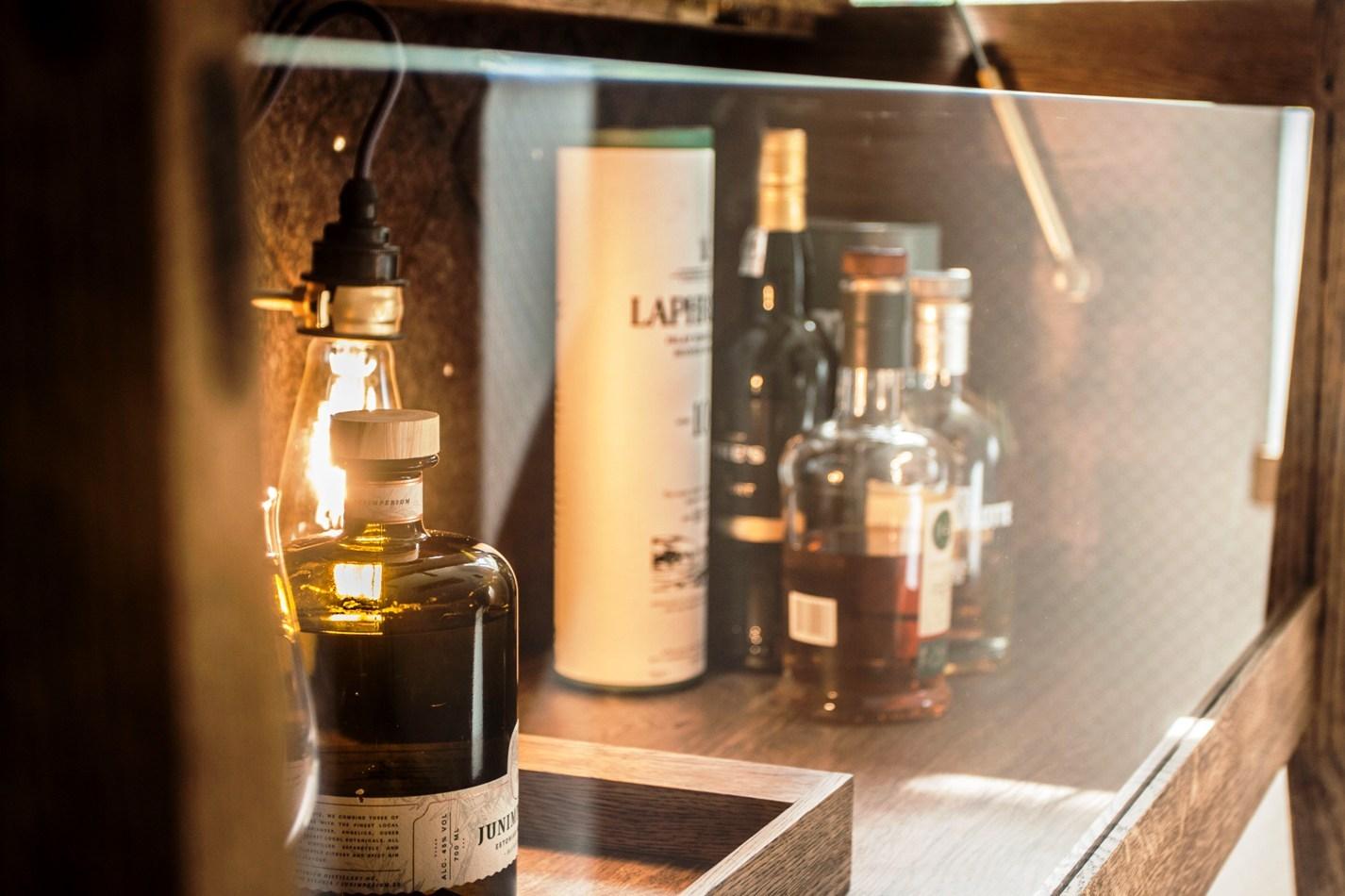bar-cabinet-minibar-home-bar-sideboard-buffet-baarikapp-whiskey-bar-cabinet-mid-century-19_9619_1